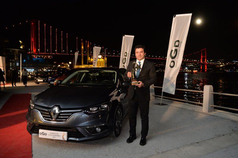 Renault Grubu'ndan 2017'de Rekor Satış Adedi Renault Yeniden Toplam Pazar Lideri Dacia 6. Marka Oldu