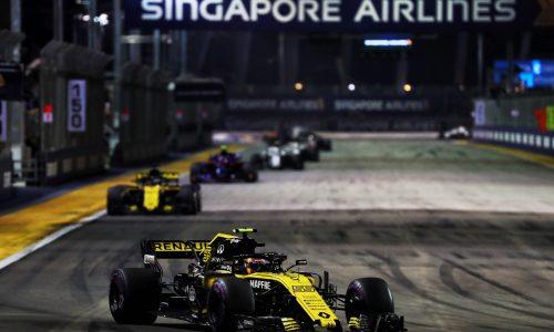 Renault'dan Singapur'da Çifte Puan