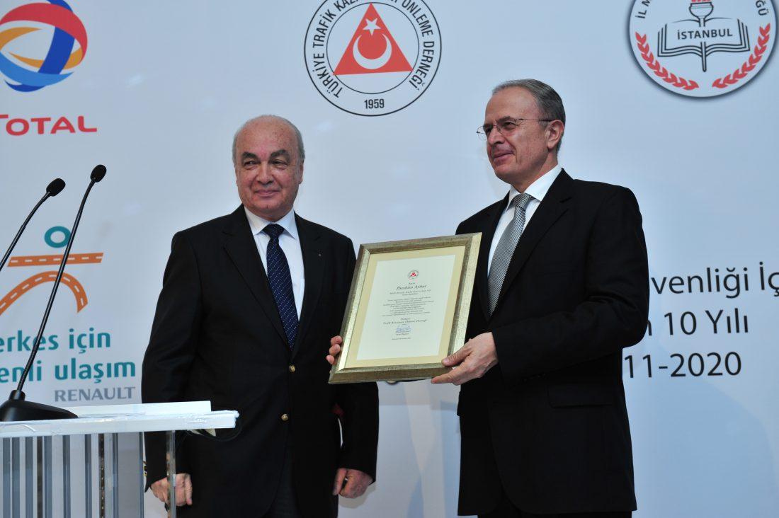 Renault'un düzenlediği 'Sizin Fikriniz Sizin Projeniz' Uluslararası Yol Güvenliği Yarışması İki Yaşında