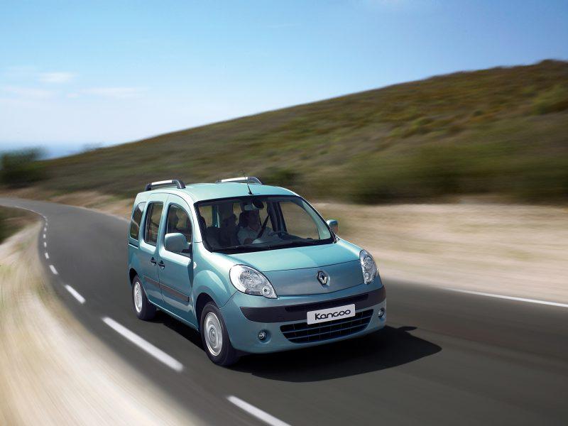 """Haziran 2012 – Renault'da """"Şimdi Al 2013'de Öde"""" kampanyası!"""