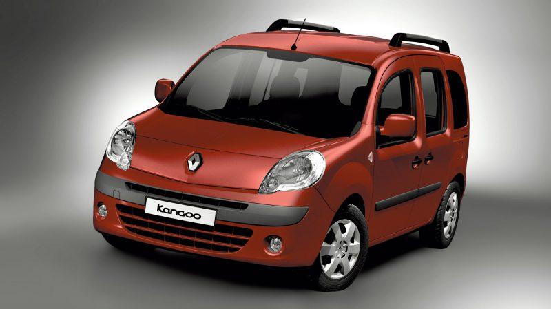 """Ağustos 2012 – Renault'da """"Şimdi Al 2013'de Öde"""" kampanyası!"""