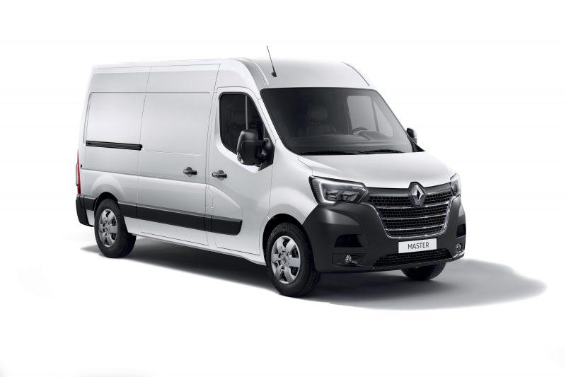 Yenilenen Renault Master Türkiye'de satışa sunuluyor